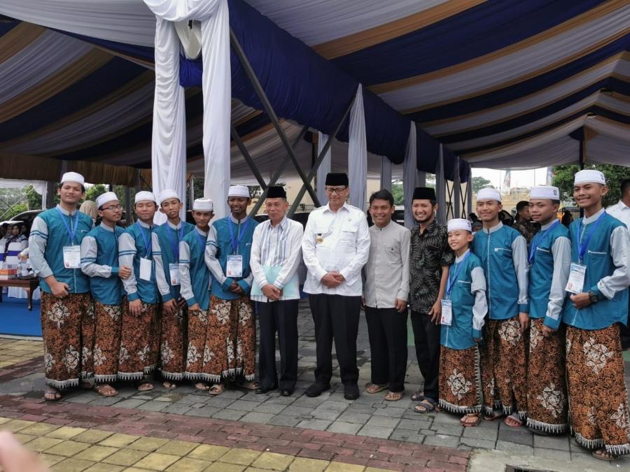 Tim Hadroh Asshiddiqiyah 2 Mewakili Provinsi Banten Pentas Di Tingkat Nasional